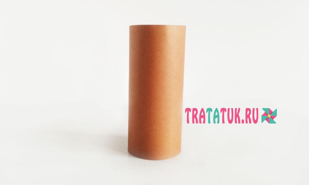 Белка из втулки от туалетной бумаги