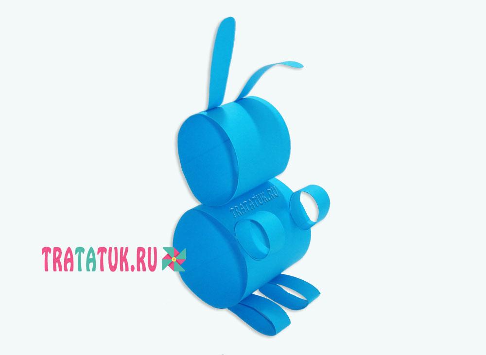 Заяц из бумажных рулонов