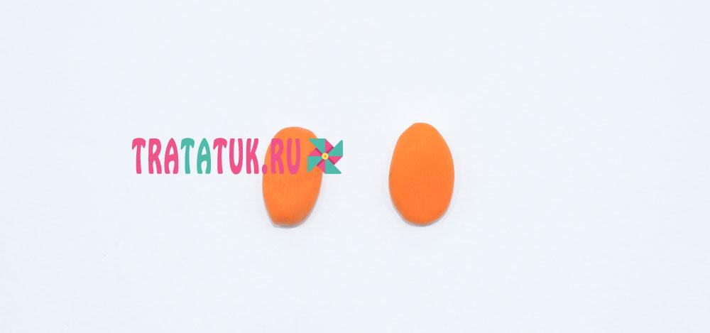 Ежик из пластилина и семечек