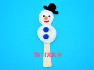 Снеговик из синельной проволоки