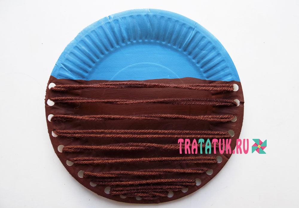 Грядка из бумажной тарелки и ниток
